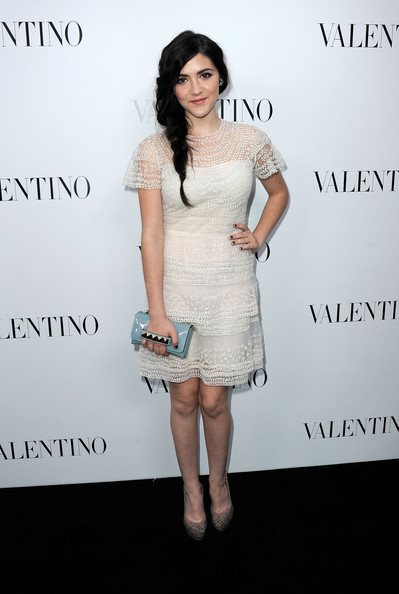 isabelle-fuhrman-and-valentino-spring-2012-rtw-capsleeve-tiered-dress-gallery