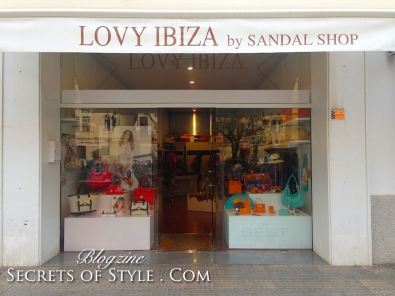 Ibiza-shopping-guide-lovy-ibiza-sandal-shop-WM