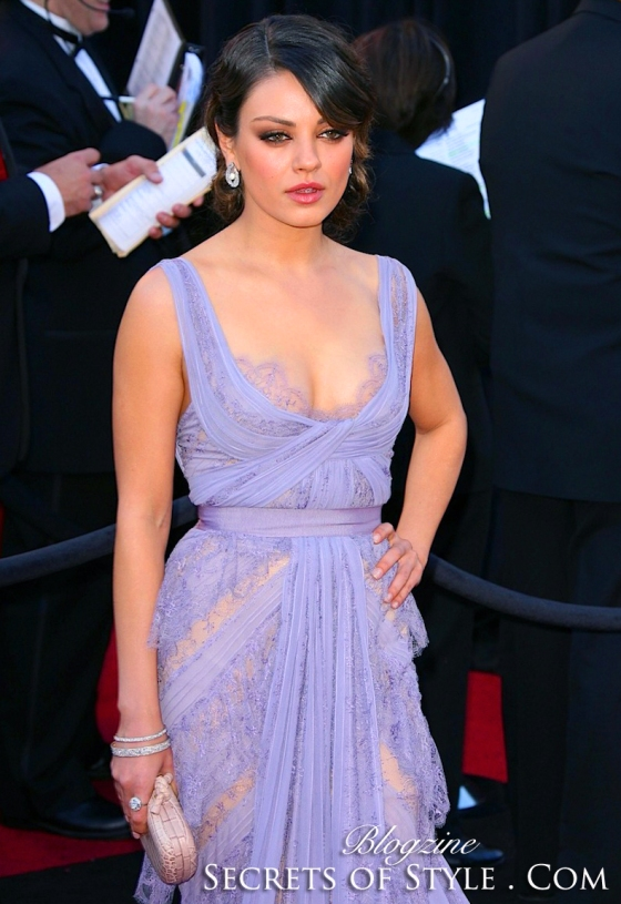 7-Mila-Kunis-Elie-Saab-Oscar-Dress